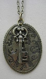 Ketting Parijs met sleutel brons  per stuk