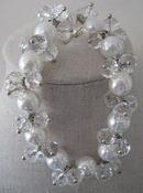 Armband blank kristal en creme parels per stuk